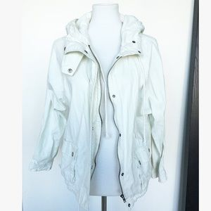 CREAM COLORED AND SILVER UTILITY JACKET